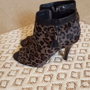 Vince Camuto kevia open toe bootie, size 7.5